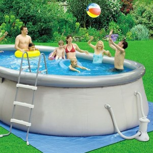 Piscina fuori terra prezzi e suggerimenti per il tuo - Quanto costa mantenere una piscina fuori terra ...