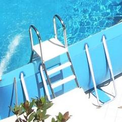 Piscina fuori terra in pvc di grandi dimensioni - Scala per piscina fuori terra ...